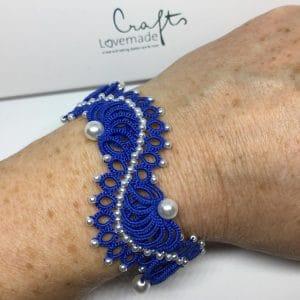Armband Halbmond royalblau