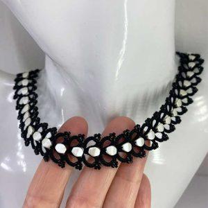 Halskette Sensation schwarz weiss pinch beads