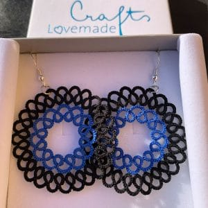 Ohrringe Rosalie in schwarz blau ohne Inlay in der Box